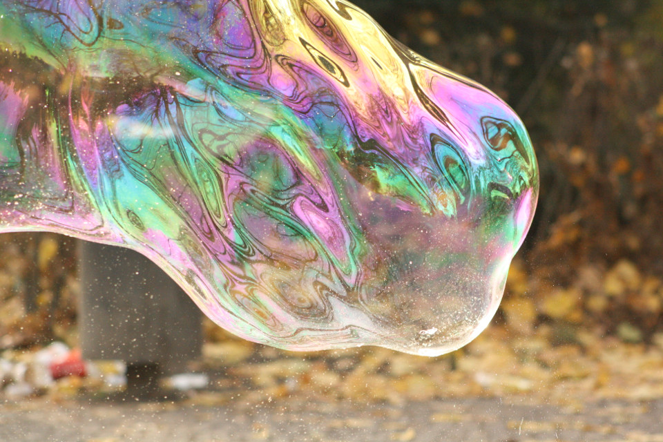 Bubble *-*  #nofilter #bubble #berlin #coler #colorful # #photo #photography  #emotions