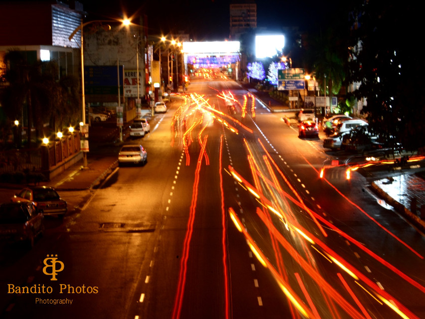 Night view...light trail without tripod..canon d1000.. #photography #night #light #lighttrail