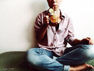 girl faceless drink jar simple