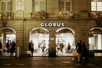 photography city retro switzerland winter travel bern switzerland globus night nightshot people christmas