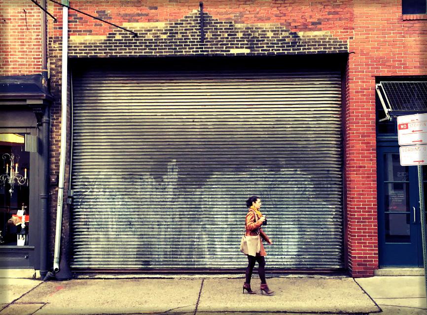 #crossprocess #dailyinspiration #iphone6s #philly #urbanlife #morningwalk #coffee #heels #streetphotography #streetstyle #bricks