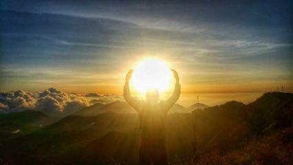 sunrise photography backpacker
