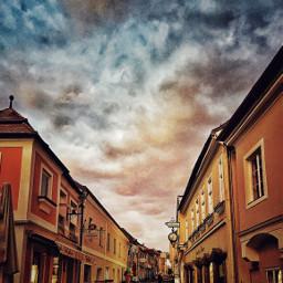 hdr grainy street