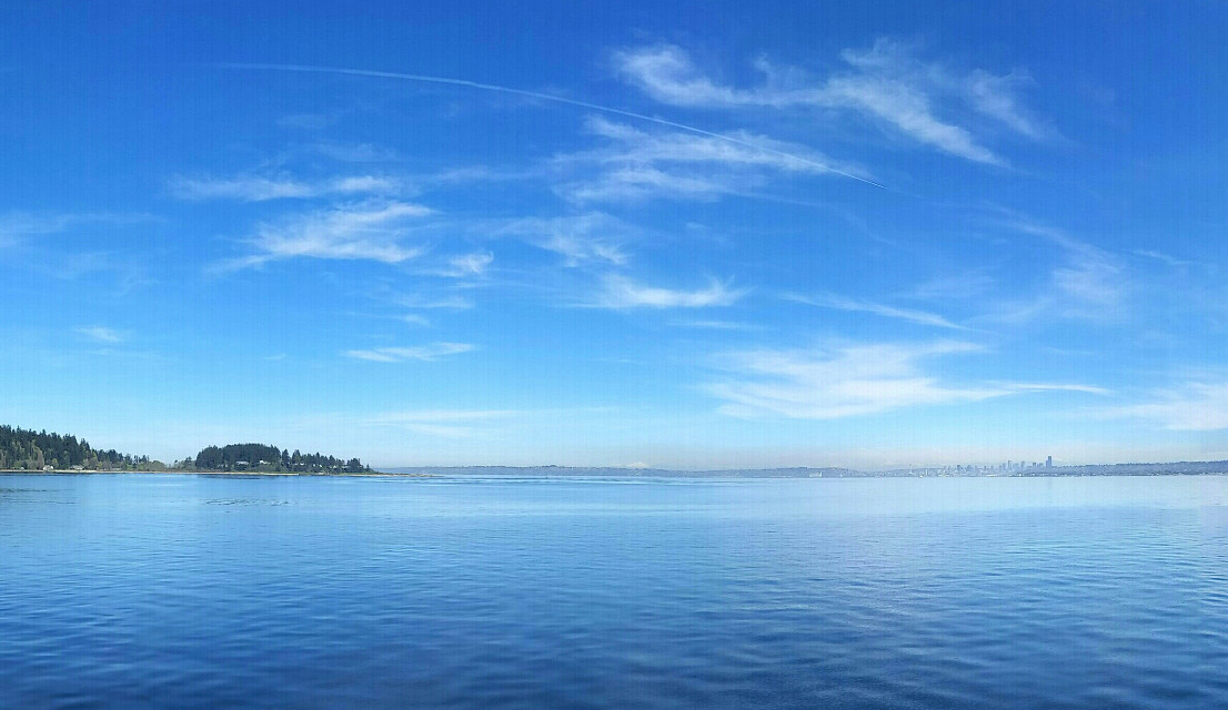 Surround Mode shot of the Puget Sound  #pacificnorthwest  #pugetsound
