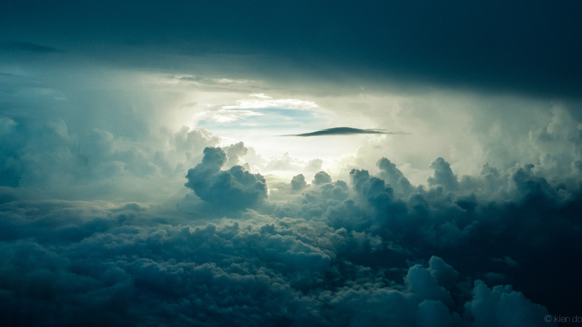 Courtesy of Unsplash (Public Domain) ~ #FreeToEdit #clouds #sky