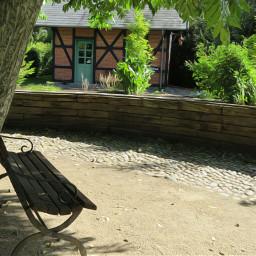 summerplace nettesdailyinspiration photography oilpaintingeffect herbgarden
